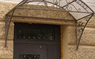 Козырек над окном из поликарбоната