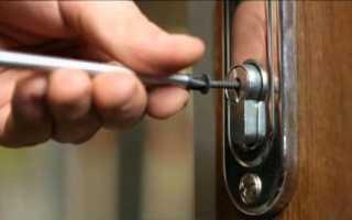 Как закрыть дверь без замка