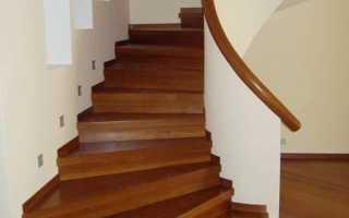 Правильная обшивка лестницы деревом
