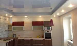 Белые глянцевые натяжные потолки плюсы и минусы способы монтажа