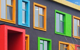 Какой краской покрасить пластиковые окна
