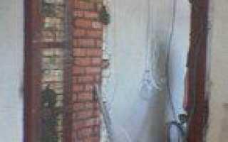 Как осуществить пробивку проема в кирпичной стене?