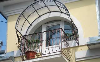 Козырек на окно в жилом доме